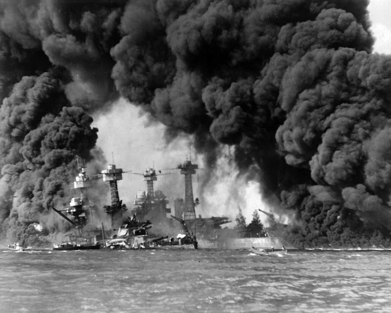800px burning ships at pearl harbor